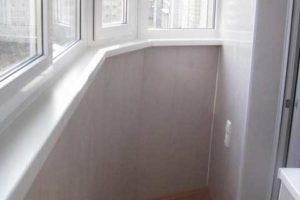 стеновые панели на балконе
