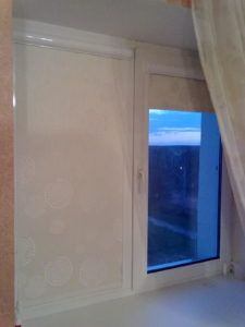 шторы на окне