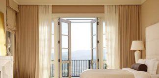 комната со шторами