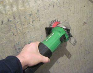 зачистка стены