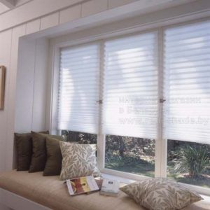 белые бумажные шторы