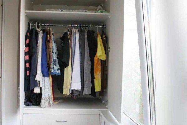 гардероб на балконе