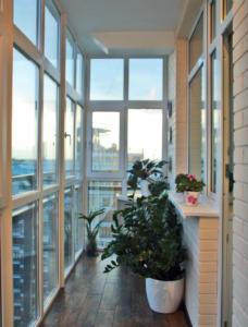 балкон с остеклением