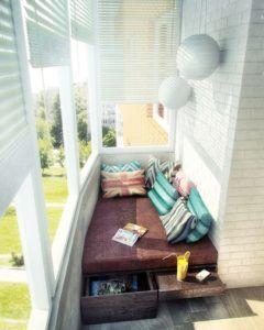 Отделка узкого балкона